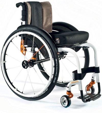 Aktif Adaptif Tekerlekli Sandalye Quickie Helium