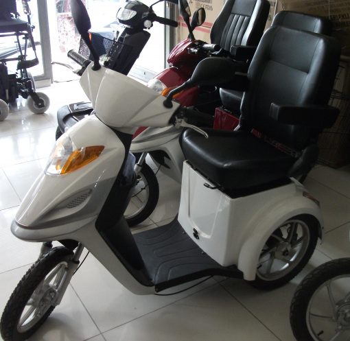 Akülü Scooter İMC 805